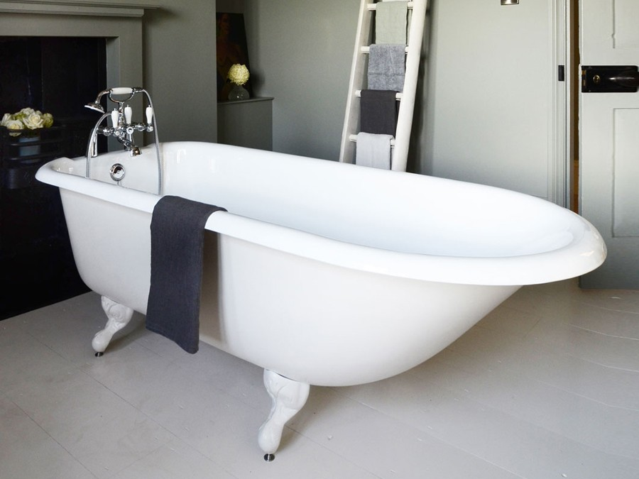 freistehende gusseisen badewanne guss badewanne guss badewannen gussbadewanne freistehend. Black Bedroom Furniture Sets. Home Design Ideas